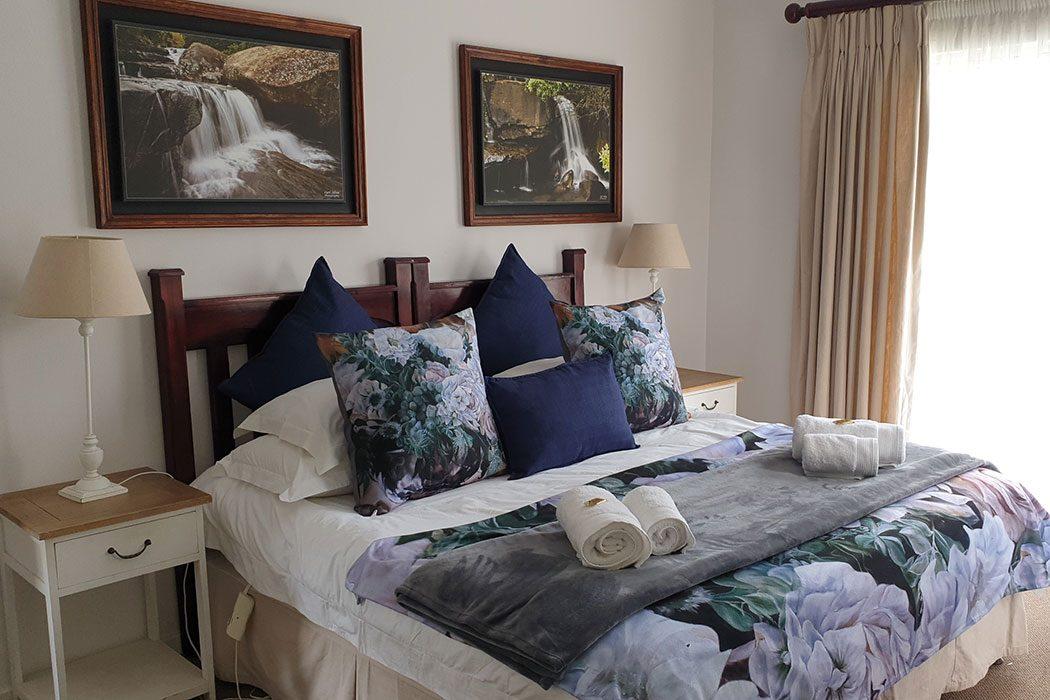 Ash-River-Lodge-Room4-2020