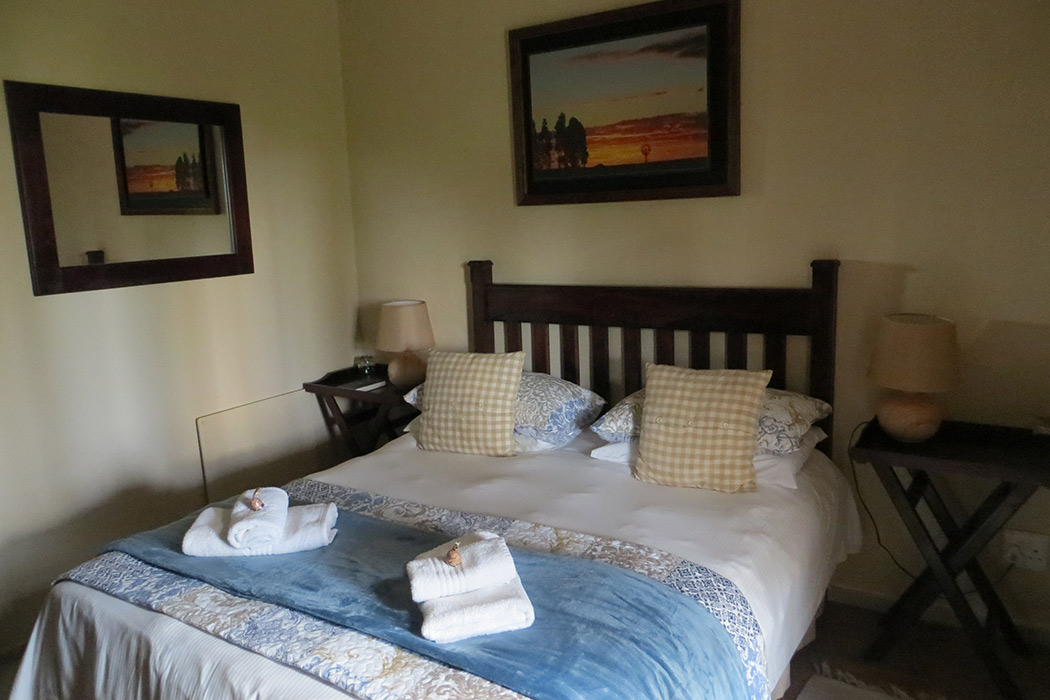 Ash-River-Lodge-Room8